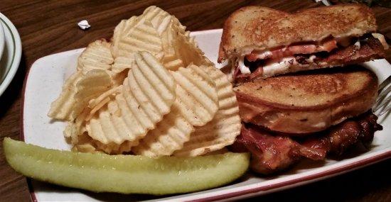Pottersville, นิวยอร์ก: Grilled bacon & cheese on rye.