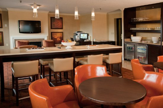 Maryland Heights, MO: Club Lounge