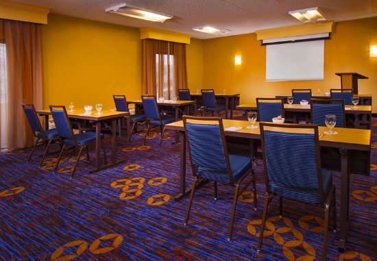 Courtyard Virginia Beach Norfolk: Meeting Room