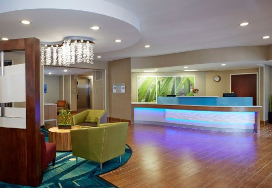Lithia Springs, GA: Front Desk & Lobby