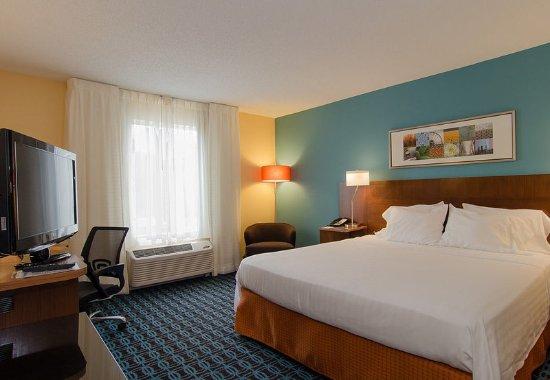 Hartsville, SC: King Guest Room