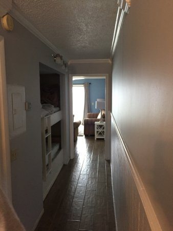 Newly Updated Room 1005 New Floors Paint Lighting Nice