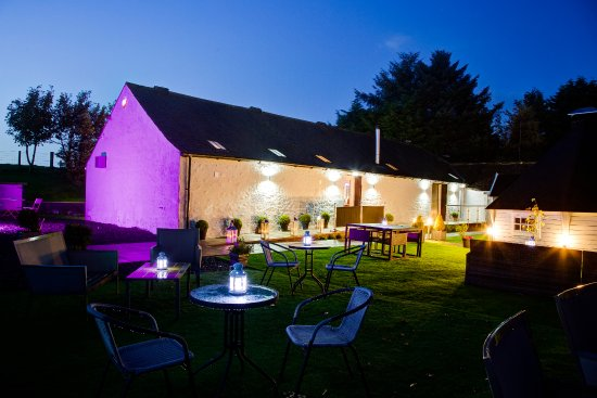 Dalton, UK: Come in and enjoy our garden lounge