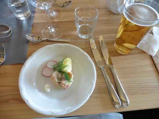 Bjorkliden, Sweden: 前菜、サーモンのタルタル