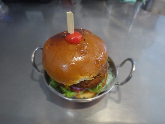 Matakana, New Zealand: Vegetarian burger