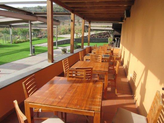 Hotel Rural El Mondalon: Ontbijtruimte