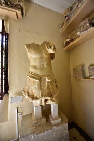 Epidavros, Grekland: epidaurus museum by swift314