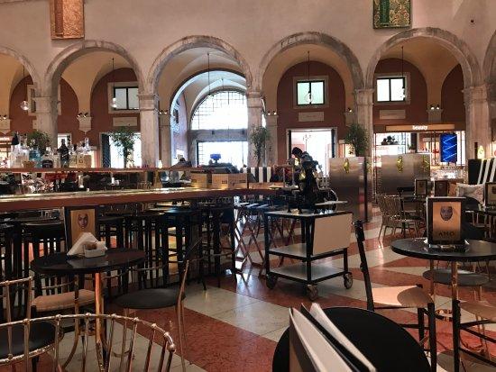 Amo la sala picture of amo venice tripadvisor for Ristorante amo venezia