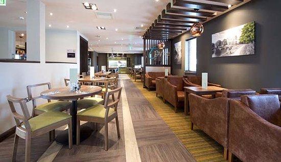 Addlestone Hotel Premier Inn
