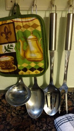 A Beach Retreat on Casey Key: Large Utensils available