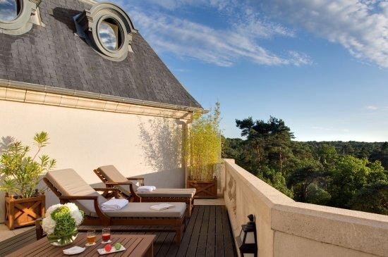 La Chapelle-en-Serval, França: Terrasse
