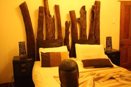 Greater Addo, South Africa: cama cómoda y con calentador de colchon. hacia frio.