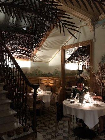 La salle a manger french restaurant 6 rue du marechal for Salle a manger translation