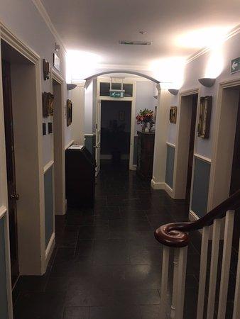 Burghfield, UK: Hall way