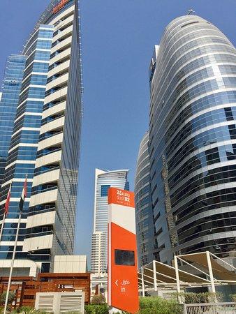 Dusitd Kenz Hotel Dubai