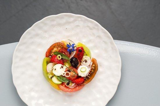 Ле-Тор, Франция: salade de tomates du potager