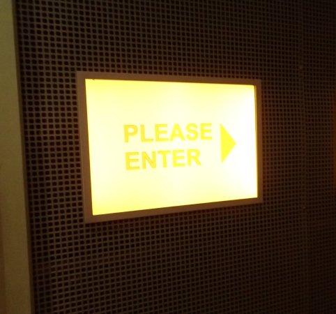 พิพิธภัณฑ์ผู้อพยพ: interview room