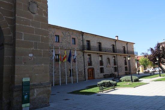 Parador Santo Domingo Bernardo de Fresneda: Frontansicht