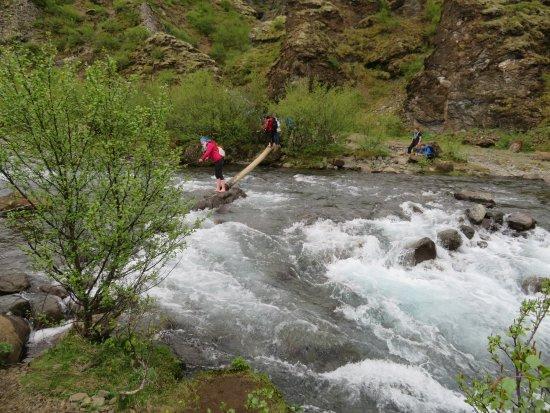 Akranes, Islandia: River crossing