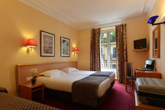 Residence du Pre: Résidence du Pré - chambre triple / Triple room