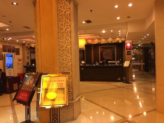 Minshan Lhasa Grand Hotel  Minshan Lhasa Grand Hotel. The Ranee Boutique Suites. The Kensington Hotel. BQ Princess Hotel And Casino. Zhangjiagang Huafang Jinling International Hotel. Hotel Regua Douro. Hotel Marinska Kula. InterContinental Mzaar Lebanon Mountain Resort & Spa. Radisson Hotel And Suites Guatemala City