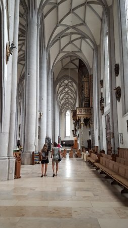 Nordlingen, Tyskland: navata laterale