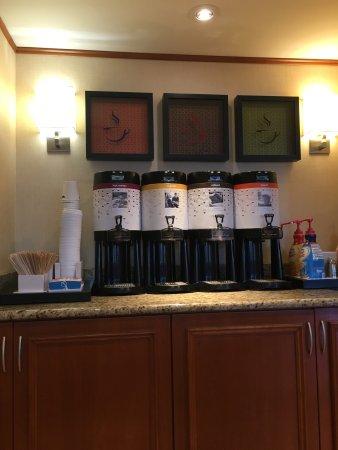 South Portland, ME: Fresh Coffee Always!!
