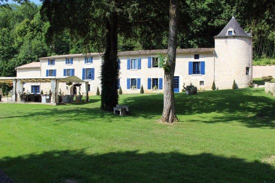 ル ロジ サン マルタン ホテル