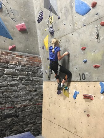Photo g picture of boiler room climbing gym kingston