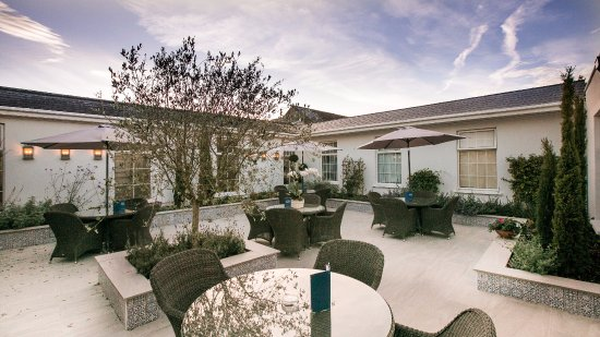 Newbridge, Irlandia: Mediterranean Courtyard