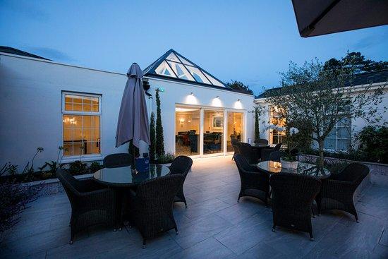 Newbridge, Irland: Mediterranean Courtyard