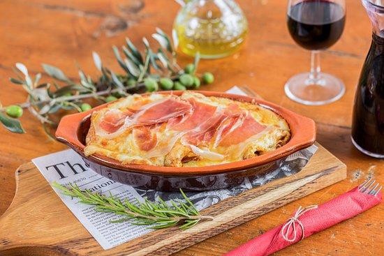 Marezige, Slovenia: Caneloni with chees and prosciutto