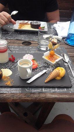 Hourtin, ฝรั่งเศส: café gourmand