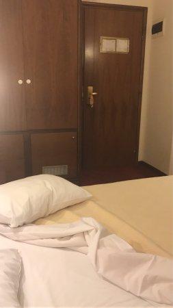 Golden City Hotel: photo0.jpg