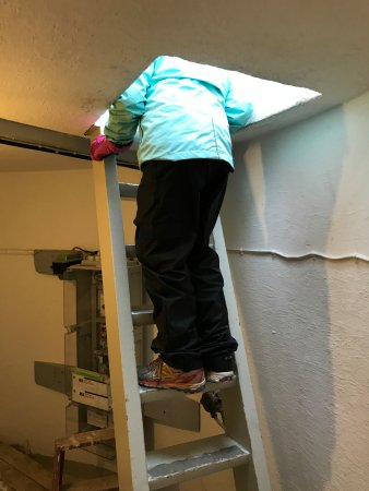 Akranes, Islandia: climbing out the top of the lighthouse
