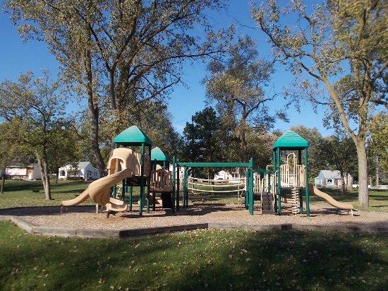 Royal Oak memorial Park: Royal Oak's Memorial Park, Woodward Ave & 13-Mile Road.