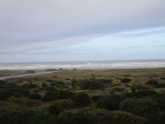 Shilo Inn Suites - Ocean Shores : Ocen view from the room, a bit stormy