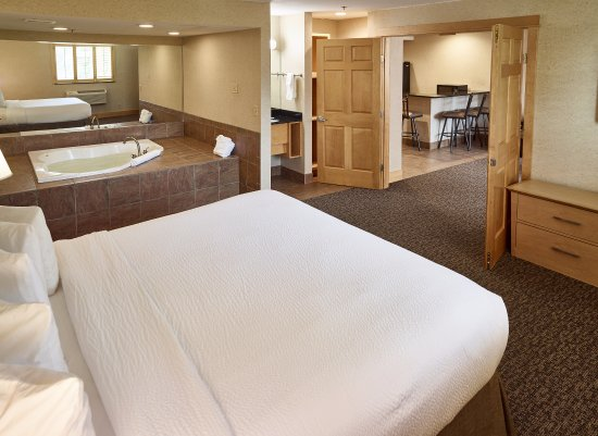 Jacuzzi Hotel Rooms In Minneapolis Mn