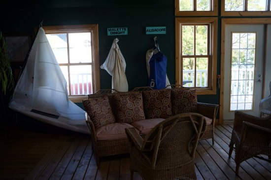 Gananoque, Canadá: Arthur Child Heritage Museum (salon)