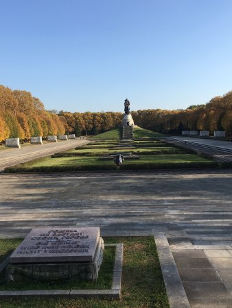 treptower park berlin germany top tips before you go with photos tripadvisor. Black Bedroom Furniture Sets. Home Design Ideas