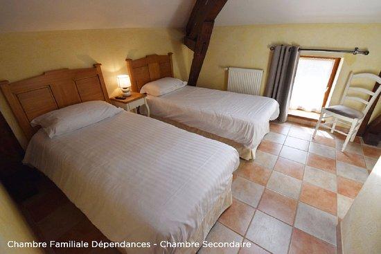 Saint-Vincent-de-Cosse, Francia: Chambre Familiale dans les Dépendances, chambre secondaire