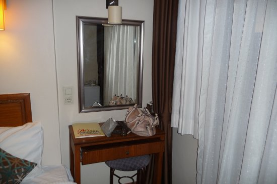 Foto de Avlonya Hotel