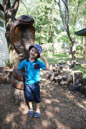 Cherkasy Zoo: Возле террариума