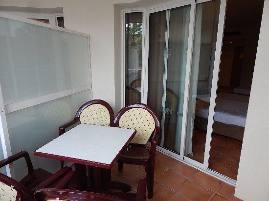 H10 Salauris Palace: Balcony.