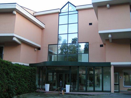 Pratolino, إيطاليا: entrée hôtel