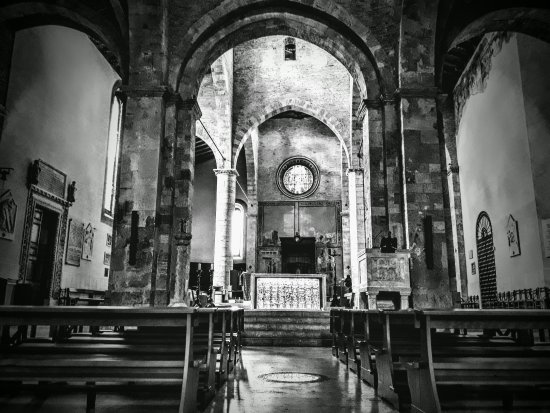 Duomo Santa Maria Assunta e San Berardo: IMG_20170930_071918_edited_large.jpg