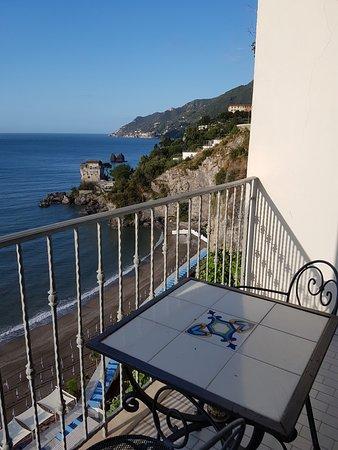 Lloyd's Baia Hotel: Da varanda do apartamento a vista me encantou!