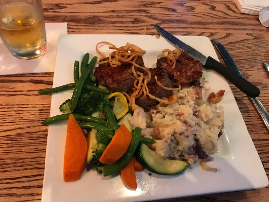 Livonia, MI: Meat loaf & smashed potatoes