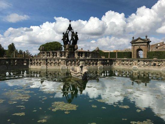 Villa Lante : garden