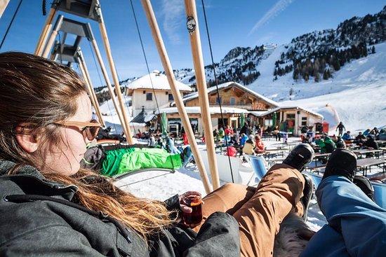 Uderns, Austria: Chillout in der swingliege